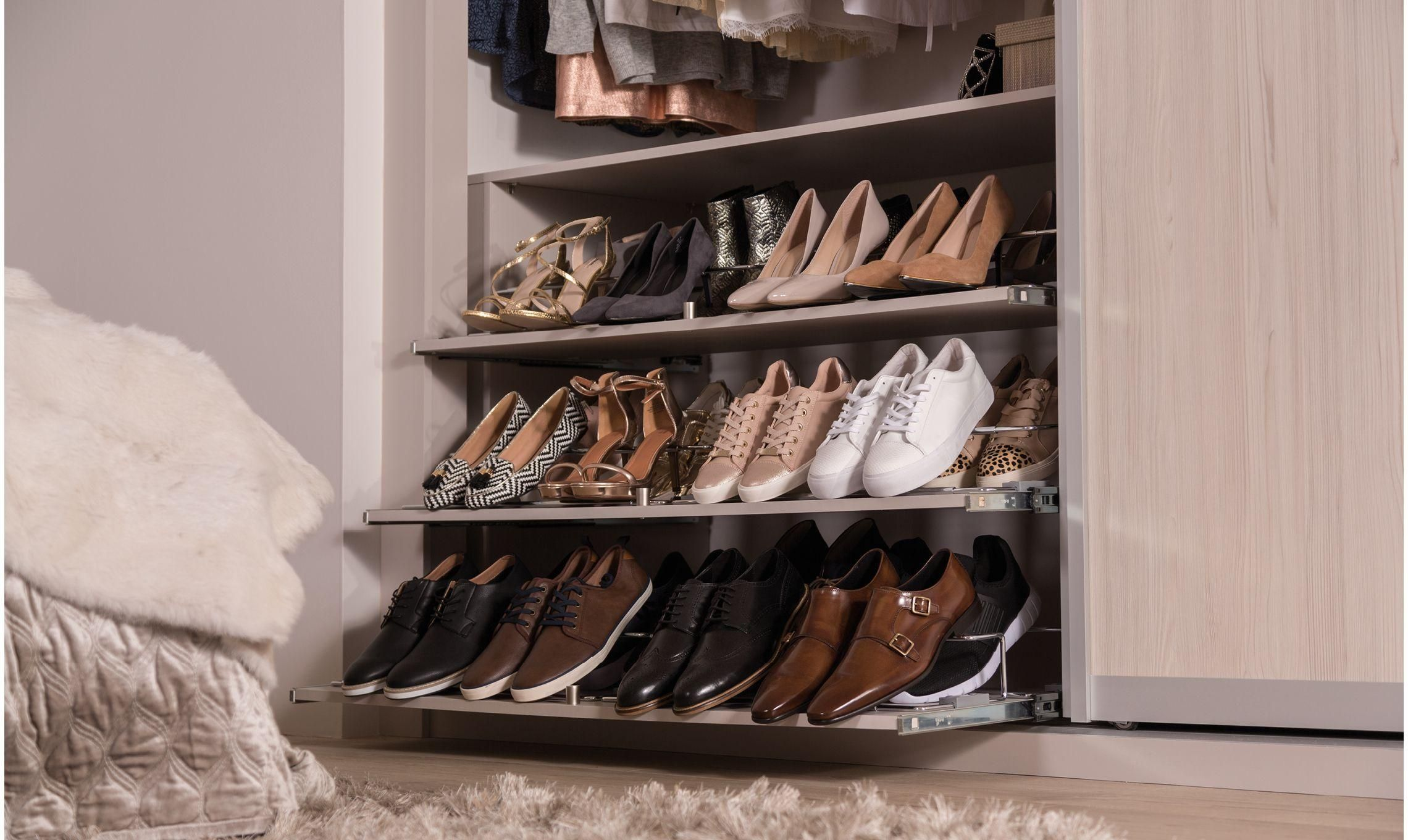 3 pull out shoe rack