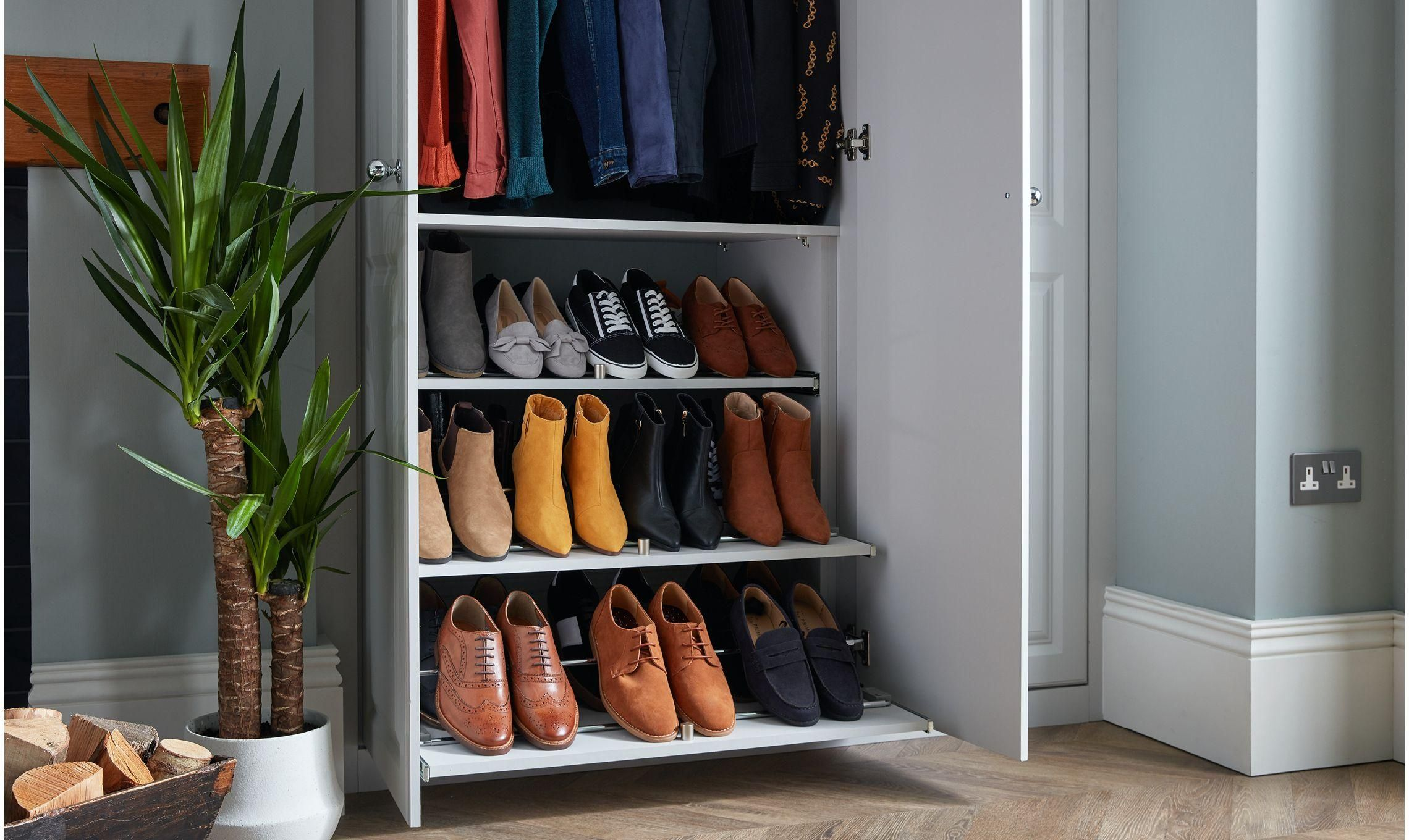 9 pull out shoe rack 2