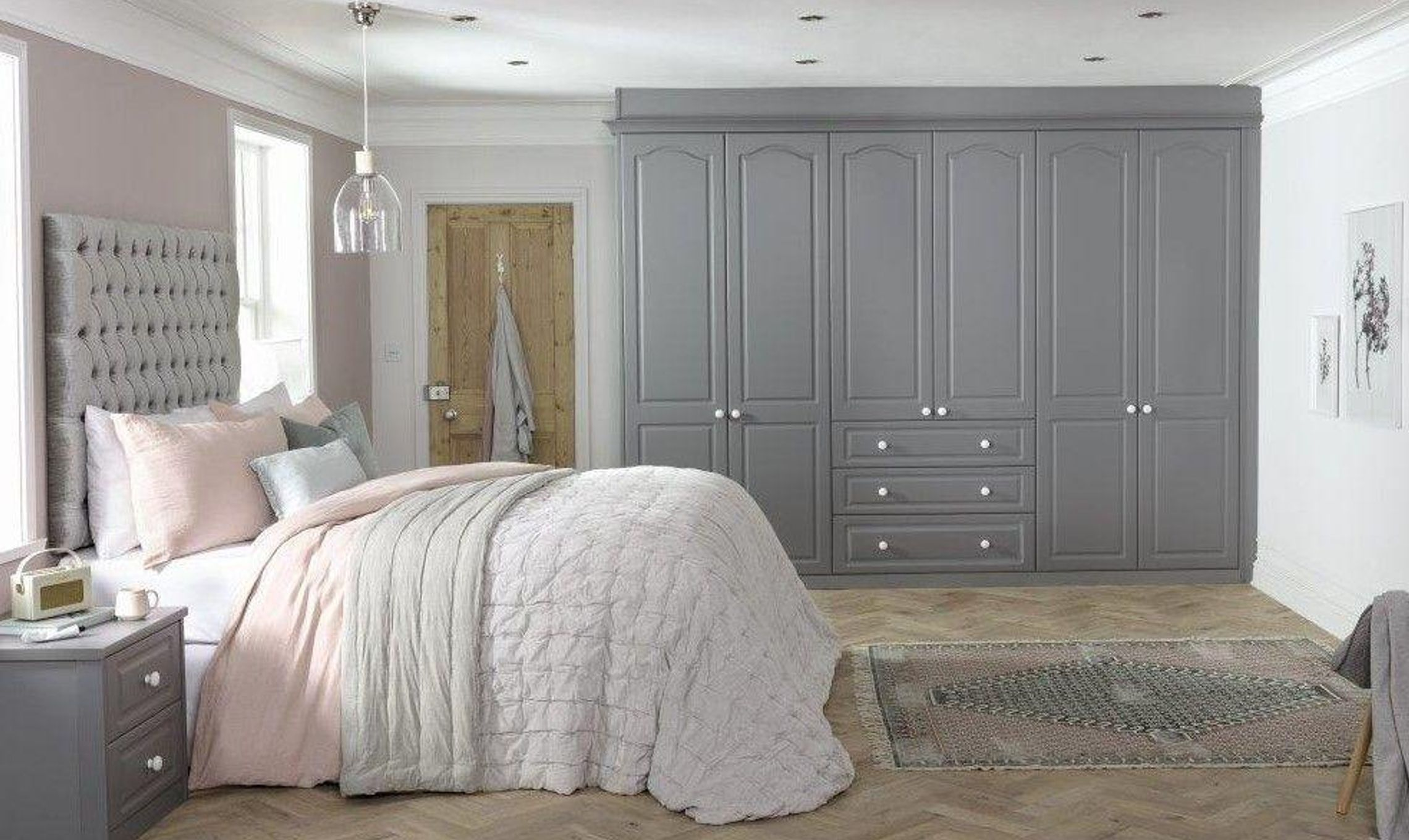 SHARPS SLATE GREY 964 Ascot doors closed R1 V2