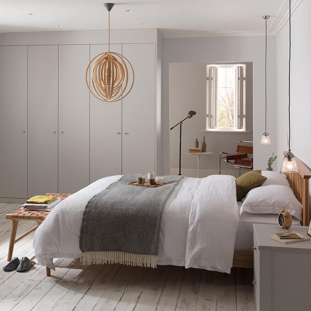 natural sleek bedroom by hannah cork